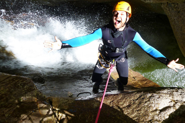 Actioncamps Canyoning Outdoor-Erlebnisse und Survivaltraining in Blaichach ✔