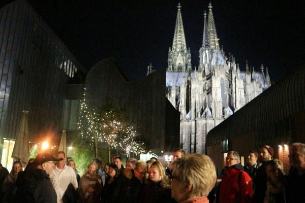 Mit Fackeln durch Köln - Private Nachtwächterführung für Schulklassen