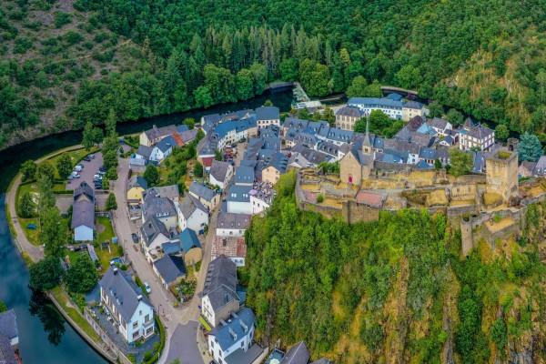 Ancienne draperie & City Sightseeing Esch-sur-Sûre