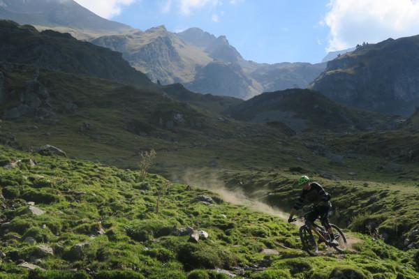 Lurien VTT Pyrénées descente piste