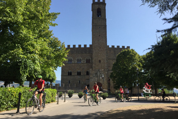 Discover the best Villages on an E-Bike