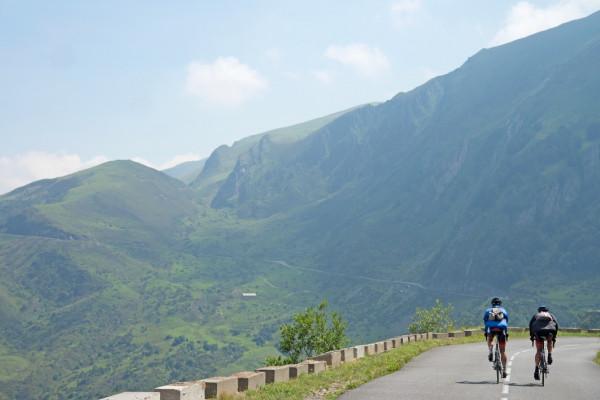 """Séjour – Vélo """"Grands Cols et Vignobles"""" – 7 jours – Sud-Ouest – Pyrénées"""