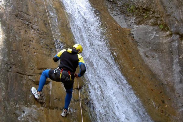 Canyoning aux cascades du Cérétou