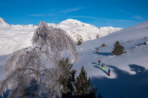 Séjour Aventure / Ski de Rando / Raquettes en Vallée d'Aspe 3O' Emilie