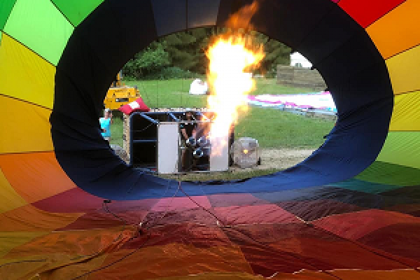 remplissage de montgolfière