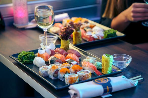 assortiment de sushis - restaurant Spora Clubhaus