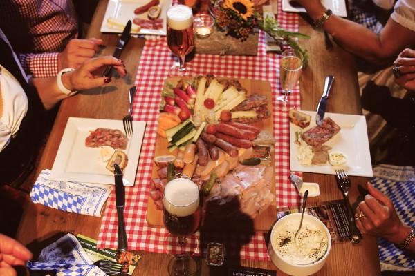 Family party at Lentz'en Chalet