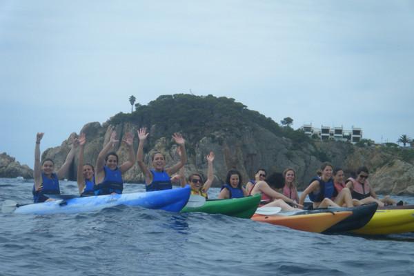 Ven a disfrutar de la Costa Brava en kayak...!!!