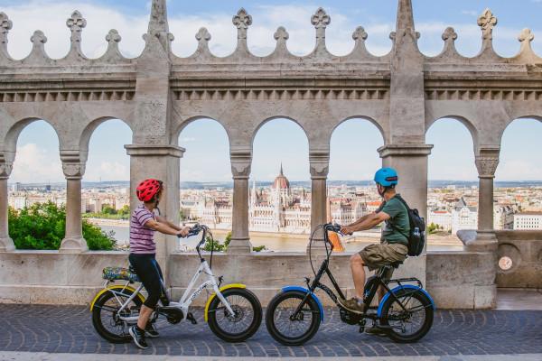 Prémium elektromos kerékpár bérlés Budapest