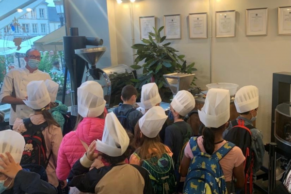 Chocolate workshop for kids in the chocolate factory by Chocolate House