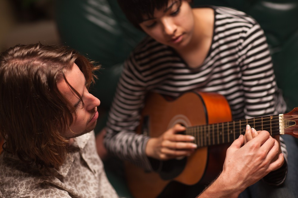 Individueller Gitarrenunterricht in Päwesin bei Berlin