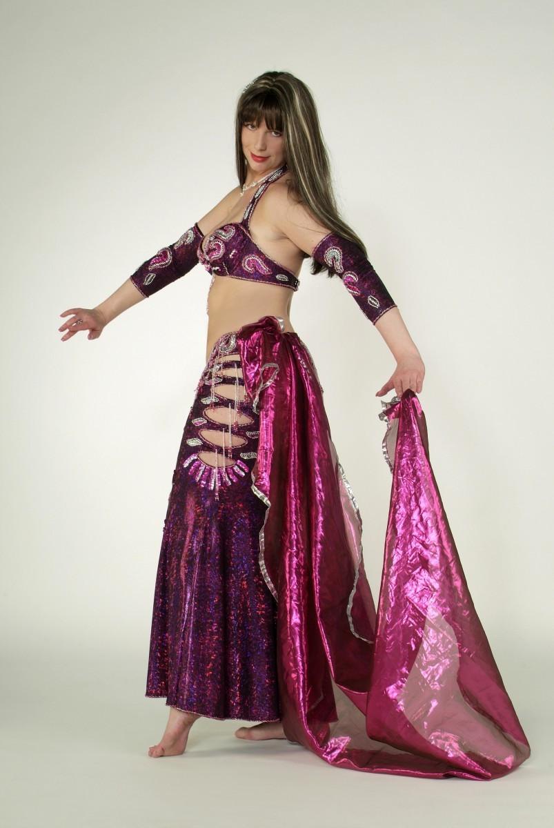 Orientalischer Tanz im Raum Dresden - Buche eine orientalische Tänzerin für Dein Event