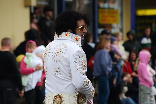 Elvis Imitator Baffy Scorpion - DJ, Sänger und Live Act