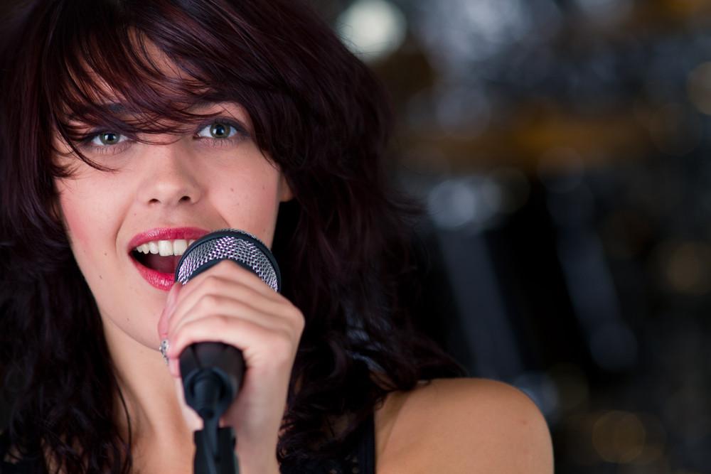 Gesangsunterricht in Hanau – Singen lernen vom Profi