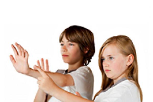 2 Kinder beim Wing Tsun