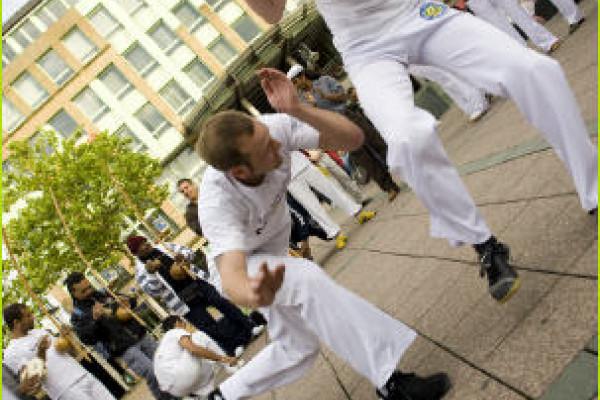 Capoeira Show_Kampftanz