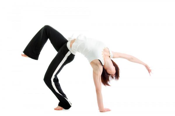 Frau bei Übung