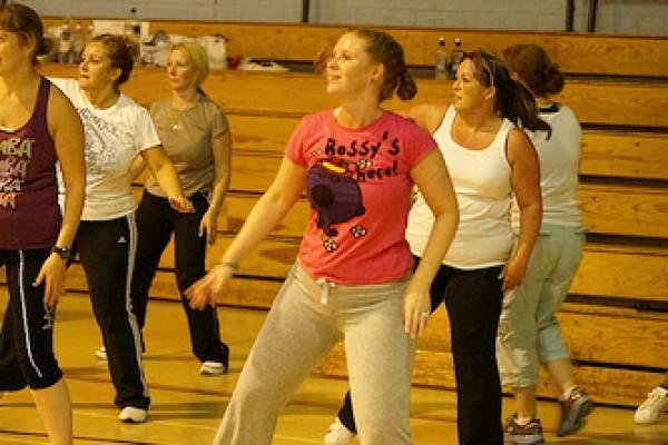 Rückenschulung bei Wiesbaden und Mainz - Yoga und Zumba für den Rücken