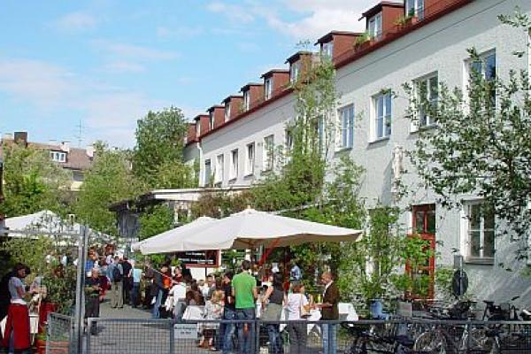 So feiert GARIBALDI in der Frohschammerstraße