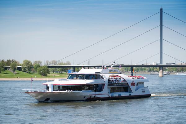 Panoramafahrt mit der MS RheinPoesie
