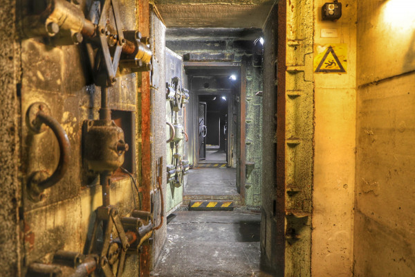 Haupteingang zum Bunker