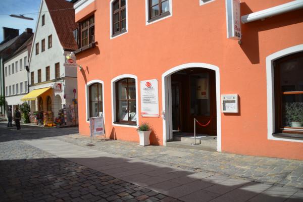Cleanskin Freising, Außenansicht