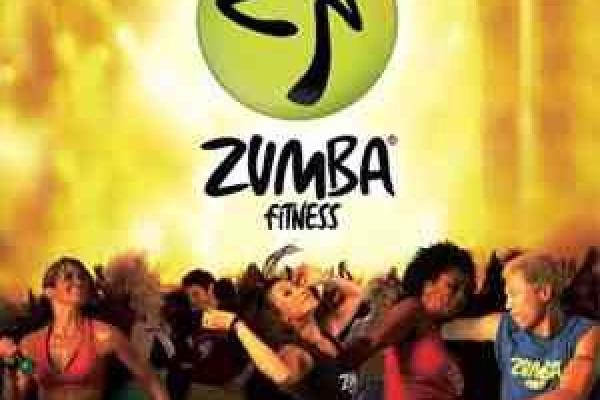 Zumba tanzen verbindet Aerobic und Tanz_Zumba_Cottbus