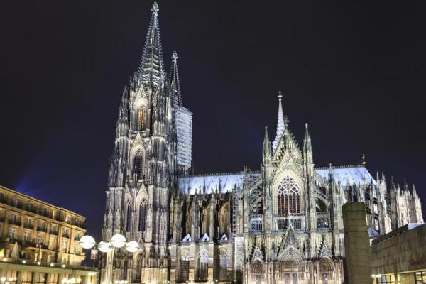 Mit Fackeln durch Köln - Private Nachtwächterführung