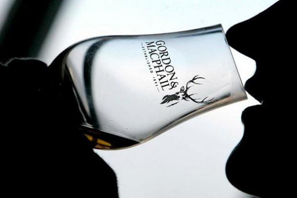 "Whisky-Tasting in Idstein - ""Gordon & MacPhail"""