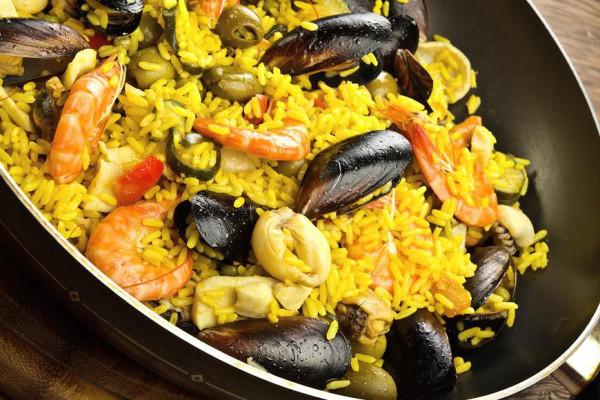 Spanische Paella kochen in Dresden