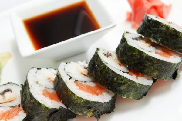 Sushi zubereiten