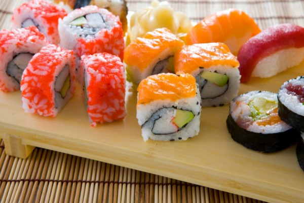 Unterschiedliche Sushi-Variationen