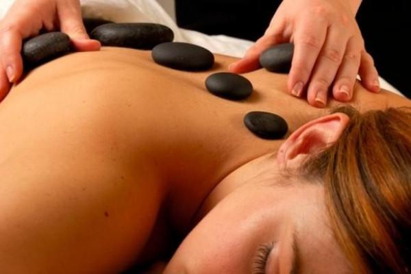 Hot Stone-Massage in Regenstauf