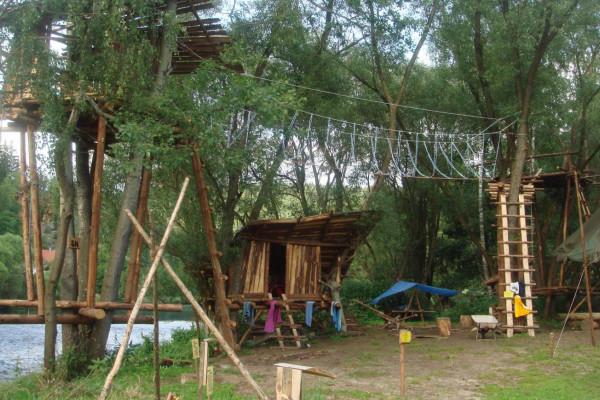 Naturcamps Schnitzmühle, direkt am schwarzen Regen