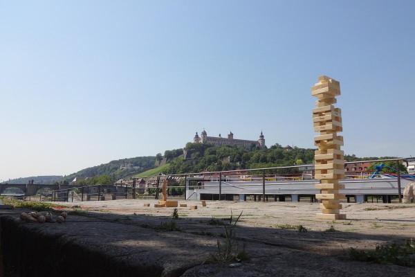 Eine der Aktivstationen direkt am historischen alten Krenen gelegen mit herrlichem Blick auf die Festung Marienberg und die Alte Mainbrücke