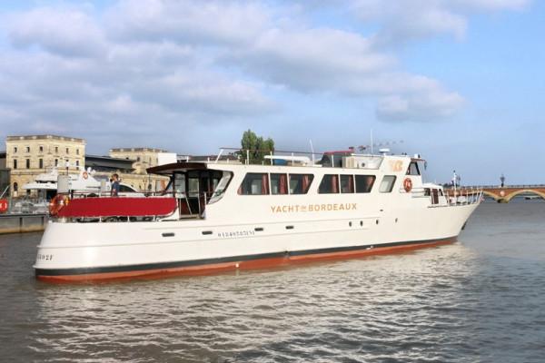 Le seul Yacht d'après-guerre de Bordeaux