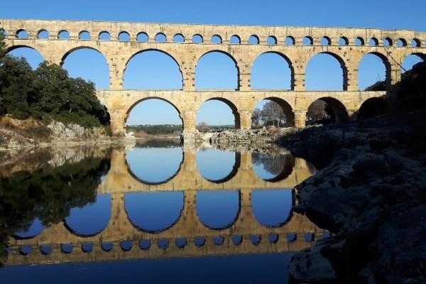 De Russan au Pont du Gard