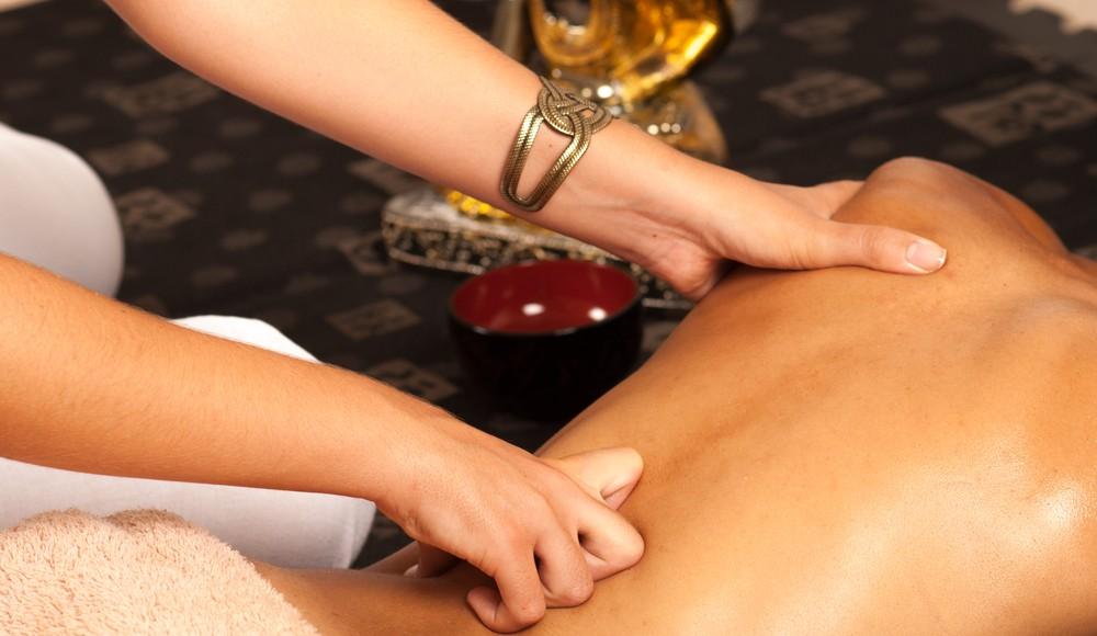 Ayurvedische-Ganzkörper-Massage in Stuttgart-Waiblingen