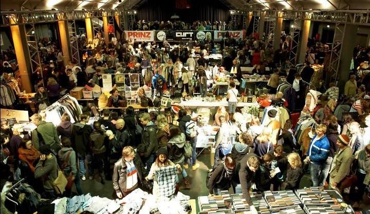 Nachtflohmarkt München - Verkaufstand für den 12.10.2013 online buchen