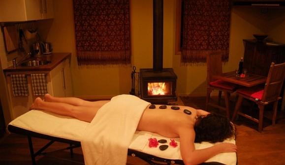Hot und Cold Stone Massagen