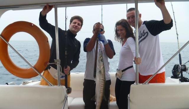 Hochsee-Fischen in Dubai (6 Pers.)