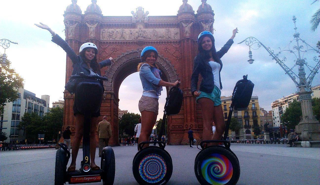 Segway-Tour bei Nacht in Barcelona
