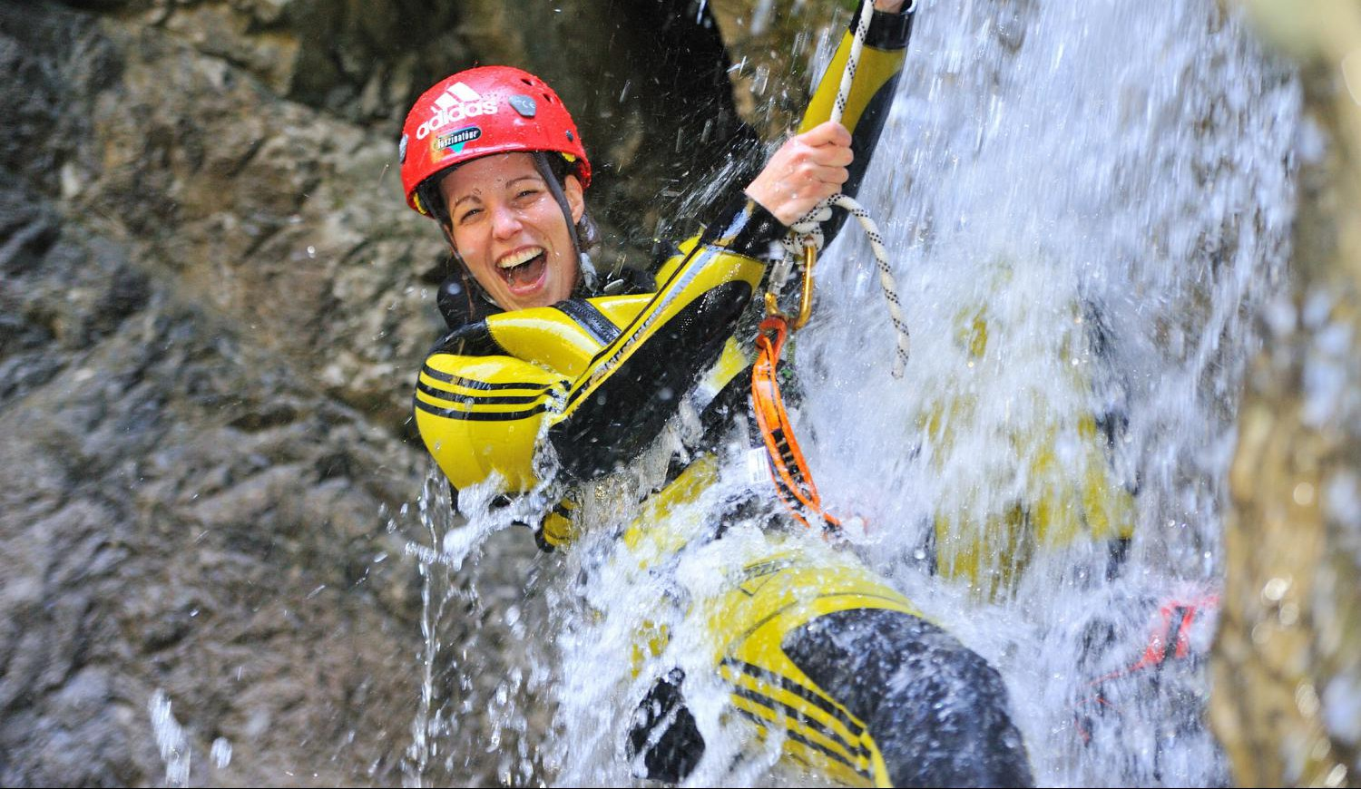 Actioncamps Canyoning Outdoor-Erlebnisse und Survivaltraining in Haiming ✔