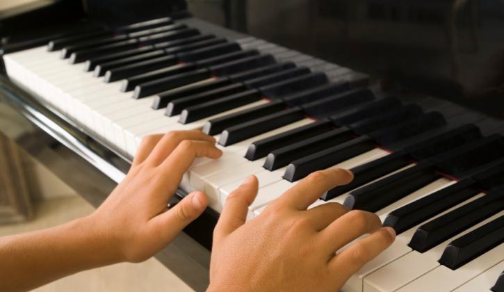 Mobile Musikschule für Tasteninstrumente in Germersheim