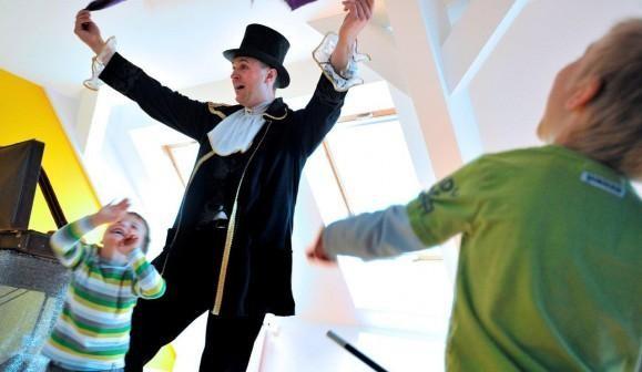 Zaubershow Kindergeburtstag in Augsburg (20 Kinder)
