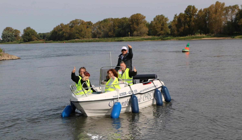 Bootführerschein: Sportbootschule in Schönebeck