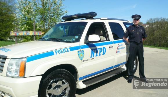 Cadillac Police-Car mieten in Stuttgart