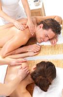 Entspannung bei einer Paarmassage in Stuttgart